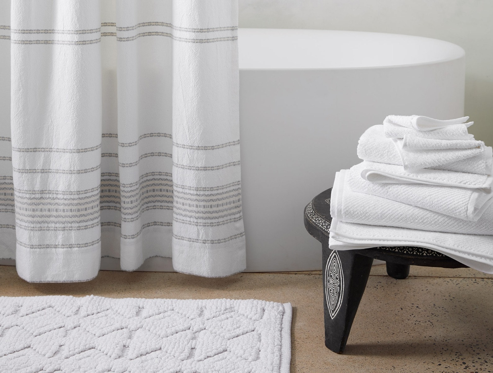 White Air Weight Organic Towels