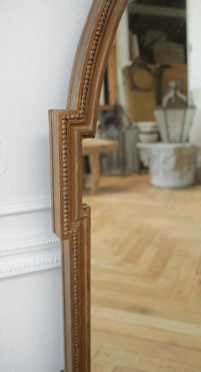 Antique Giltwood Neoclassical Style Mirror