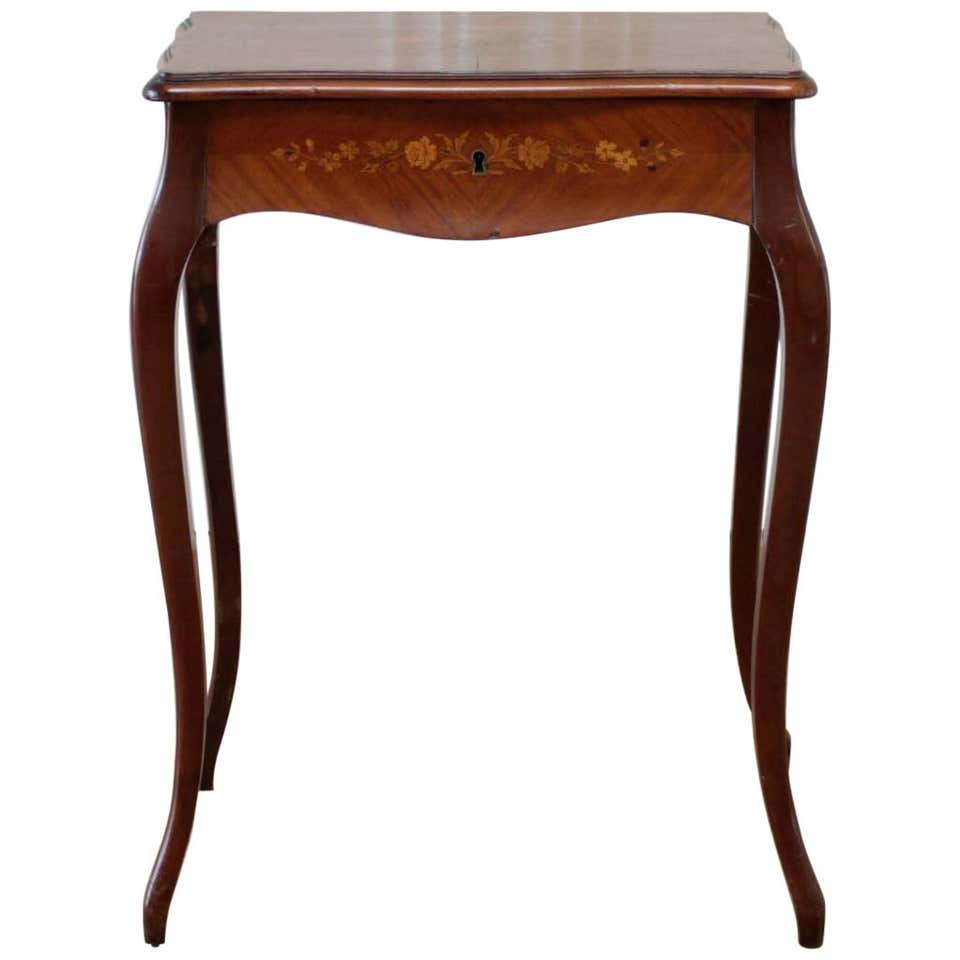 Marquetry Inlaid Ladies Vanity Dressing Table