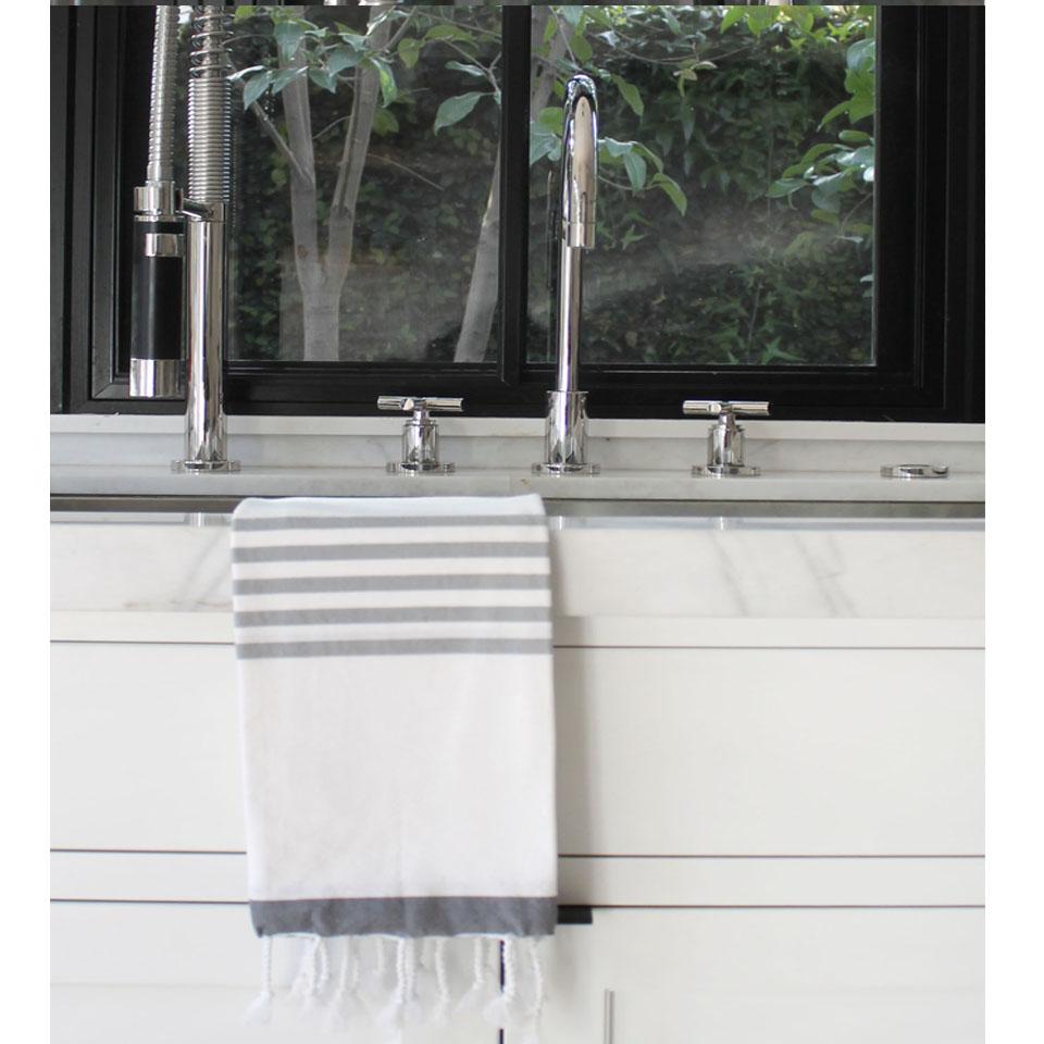 Louven Hand Towel